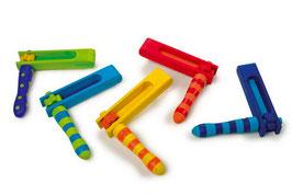 Ratsche bunt, Musikinstrumente