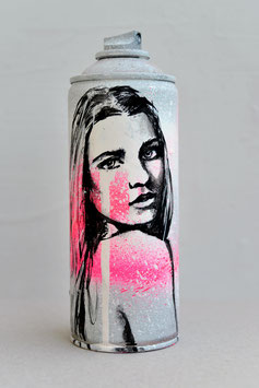 CUSTOM SPRAY CAN #32