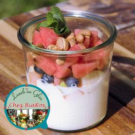 Joghurt pur mit frischen Früchten für Mittwoch 28.07.2021