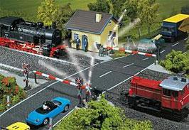 Spoorwegovergang met spoorbomen 120171
