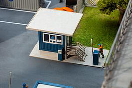 Faller 130626 Poortgebouw met dak overstand