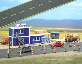 Busch 6036 De weg van het asfalt met gele wegtekens HO/TT