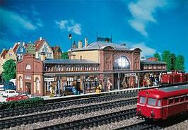 Faller Station Mittelstadt 110115