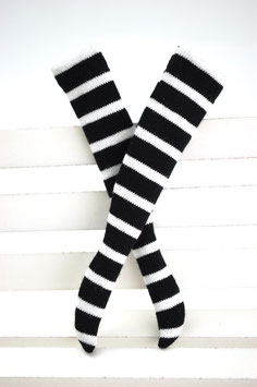 striped socks black & white
