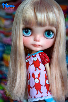 Custom Girl Andrea  /  Sold out