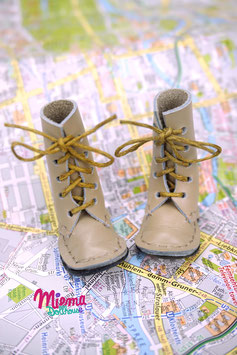 boots gray