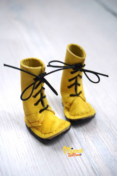 Boots yellow leather