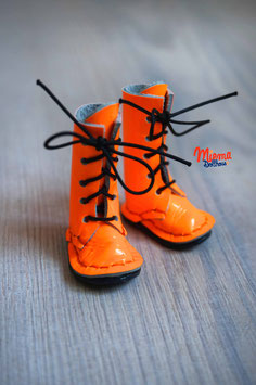 Boots orange latex leather