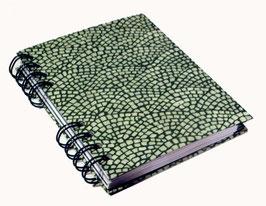 Telefonbuch / Notizbuch Din A6, mit grüner Ringbindung Wire-O Bindung, Register ABC grün, Hölzer grün
