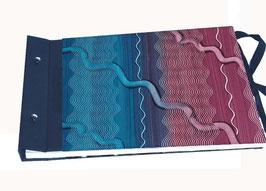 Schraubalbum Gästebuch Din A4, Querformat,geschlossener Buchrücken , Kleisterpapier Modeldruck blau bordeauxrot