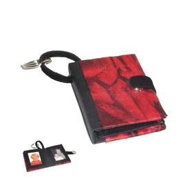 Fotoanhänger/Anhänger /Schlüsselanhänger / Taschenanhänger für Fotos / Passfotos Nepalpapier rot schwarz
