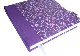 Tagebuch mit Schloß, Blumengirlande rosa pink auf aubergine