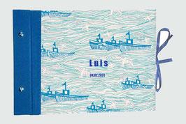 """Schraubalbum Fotoalbum,Querformat,geschlossener Buchrücken,  Ozean Schiffe,blau,20 Blatt perlweißer Fotokarton mit Spinnenpapier ,Schrift Königsblau """"L u i s    04.02.2021"""","""