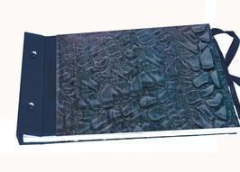 Schraubalbum Gästebuch Din A4, Querformat,geschlossener Buchrücken , Kleisterpapier Modeldruck Steine blau Mk-003
