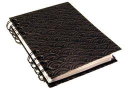 Telefonbuch / Notizbuch Din A6, mit schwarzer Ringbindung Wire-O Bindung, Register ABC schwarz grau, Baumwollpapier Halbkreise gold auf schwarz
