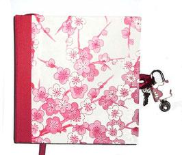Tagebuch mit Schloß, Kirschblüten pink weiß