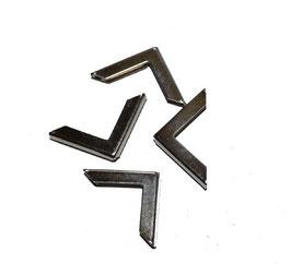 4 Buchecken schlicht 22cm x 22cm, 3,5 mm Öffnung, vernickelt, silberfarben