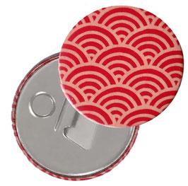 Flaschenöffner mit Magnet oder Taschenspiegel,Handspiegel  ,Button, 59 mm Durchmesser,Chiyogami Yuzen Papier,Halbkreise rot