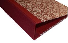Ringordner DinA4 mit Bügelmechanik 7cm breit, große Blumen bordaux rot