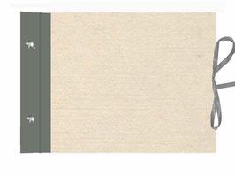 Schraubalbum Gästebuch, Reisetagebuch, Din A4 quer,mit offenem Buchrücken,dunkelgrauer Buchleinen, chamoisfarbiger Albendeckel, mit Satinbänder und mit 25 Blatt weißem DinA4 Druckerpapier 160g