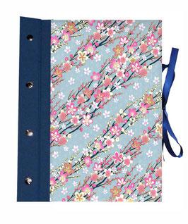 Fotoalbum Schraubalbum DinA4  , Hochformat mit offenem Buchrücken,Japanpapier Chiyogami, Kirschblüten pink auf hellblau