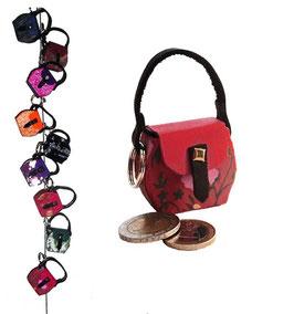 Kleine Mini Tasche als Anhänger / Schlüsselanhänger rot mit Blumenmuster