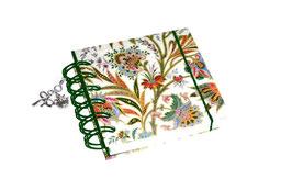 Notizbuch klein, mit grüner Ringbindung Wire-O Bindung,  buntes Fahnenkraut grün mit Golddruck