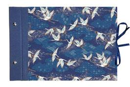 Fotoalbum Schraubalbum DinA4  ,  geschlossener Buchrücken,Japanpapier Chiyogami, Kraniche auf Blau