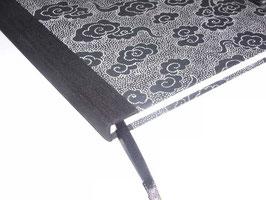 Gästebuch / Schreibbuch / Tagebuch ,  Baumwollpapier Wolken weiß auf schwarz