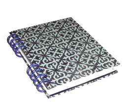 Telefonbuch / Notizbuch Din A6, mit blauer Ringbindung Wire-O Bindung, Register ABC hellgrau,Baumwollpapier Barockmuster dunkelblau helltürkis