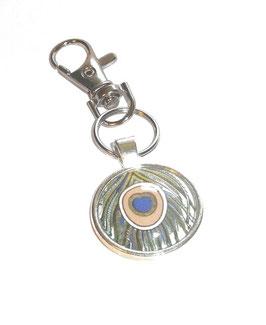 Anhänger Schlüsselanhänger Cabochon, Florentiner Papier bunte Federn, Feder blau grau mit Auge