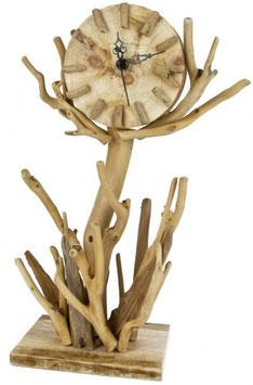 verschiedene Geschenke hergestellt aus Treibholz