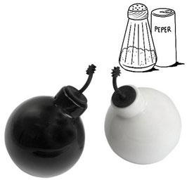 Bombenförmige Keramik Salz & Pfefferstreuer