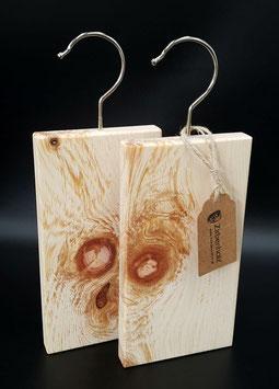 Mottenschutz Bügel aus Zirbenholz im 2er Set