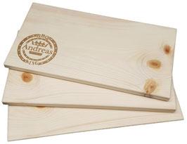 Räucherbrett aus Zirbenholz im 3er Set, auch prima als Schneidebrett, inkl. Gravur von Namen