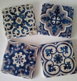 4 Untersetzer Blau Weis Keramik 10 x 10 cm