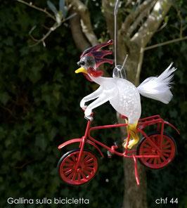 Gallina sulla bicicletta - Burri