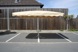 Rechteckieger Alu Schirm 3,0 x 2,5 Meter mit 10 Streben