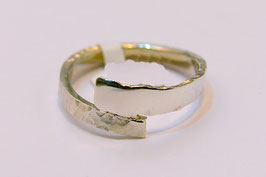 Ring zilver glad en ruw