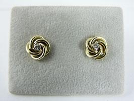 Gedraaide oorstekers met diamant