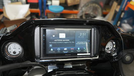 MAX-RU-SPH-EVO64DAB-Unit mit DAB+ plus Apple-Carplay/Android-Auto plus Anschaltelektronik für Lenkerbedienung