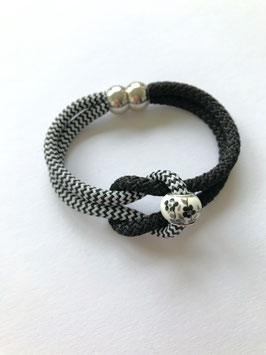 SEGELSEILARMBAND BLACK & WHITE FLOWER