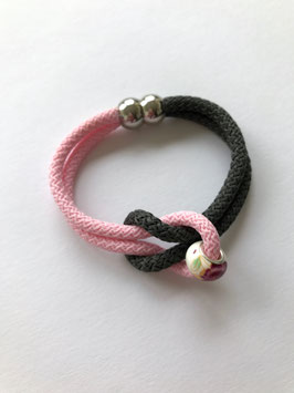 SEGELSEILARMBAND ROSE & GREY FLOWER