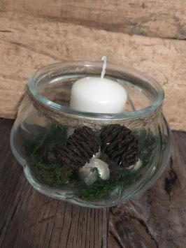Glas mit Kerze