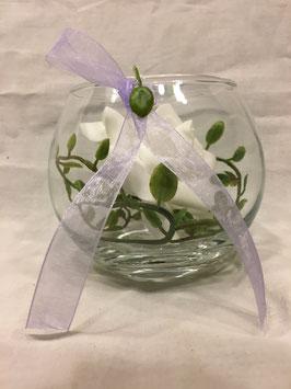 weiße Rose im Glas