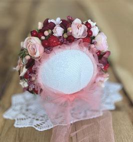 Nr.: 6 Flowerbonnet mit Beeren, in apricot, für Newborn