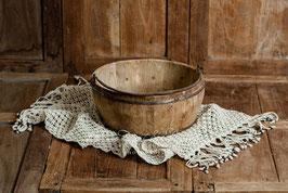 Makrameeteppich in creme, mit Holzperlen