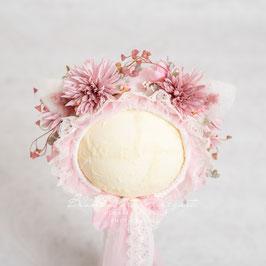 Nr.: 9 Flowerbonnet flieder-rosa, für Sitter mit Öhrchen