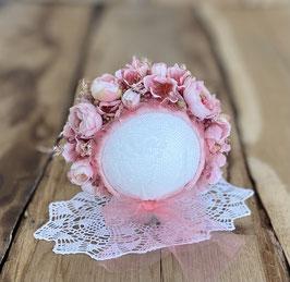 Flowerbonnet für Newborn in apricot