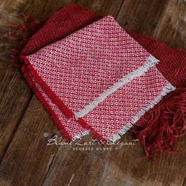 Deckchen in rot-natur